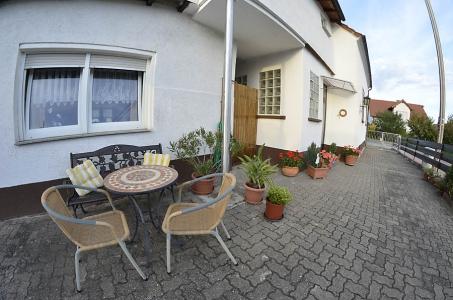 Eingangsbereich zur Ferienwohnung Haus am Weinberg der Familie Oppermann, Mußbach (Neustadt an der Weinstraße)