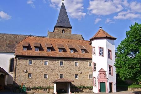 Herrenhof mit Getreidespeicher und Storchenturm, Mußbach, Neustadt / Weinstr.