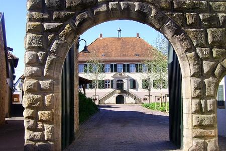 Herrenhof: Portal mit Herrschaftshaus, Mußbach, Neustadt / Weinstr.